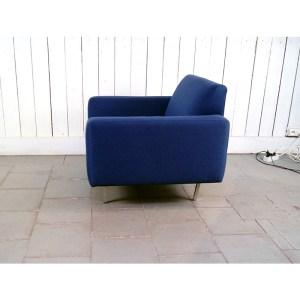 fauteuil-carre-bleu-marine-3