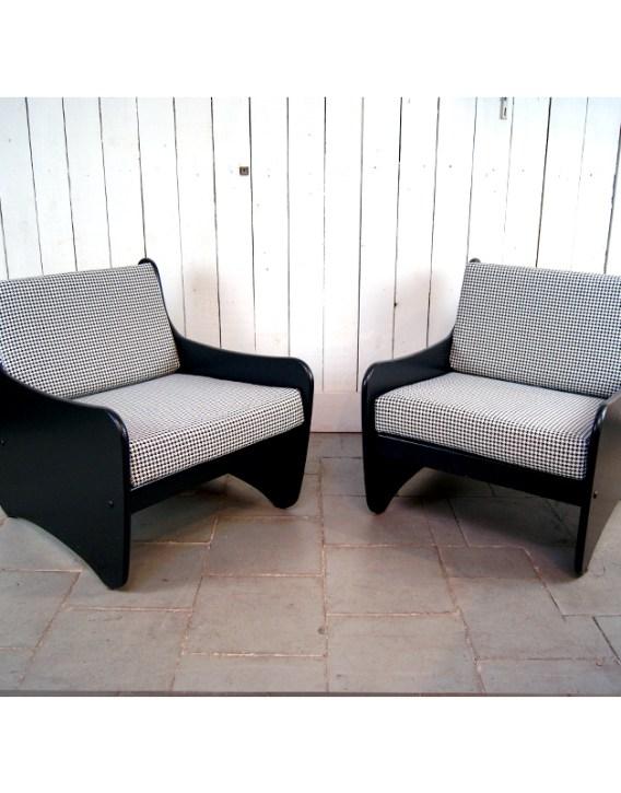 paire-fauteuil-noir-pied-de-poule-8
