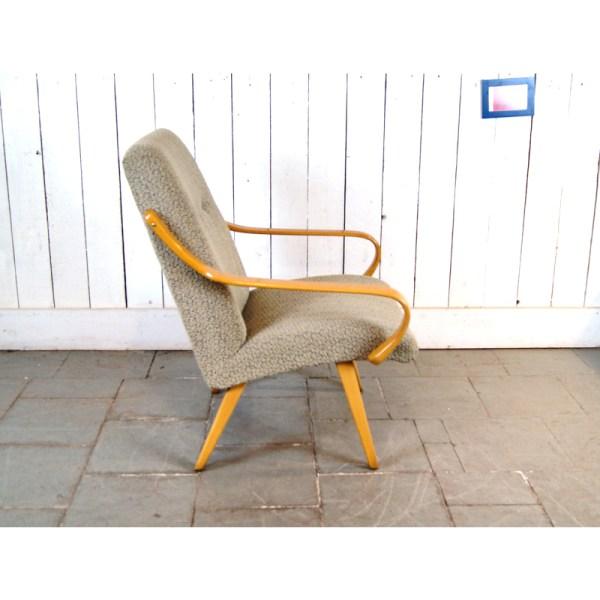 paire-fauteuil-tissu-clair-courbés-3