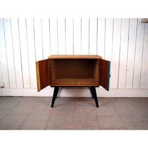 meuble-porte-vert-et-blc-2
