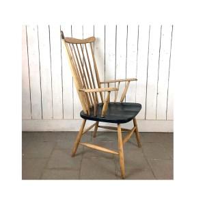 chaise-barreaux-assise-noire-2