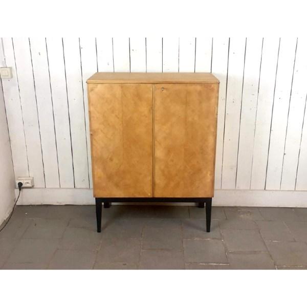 meuble-2-portes-haut-pied-noir-2