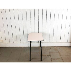 petite-table-kid-rose-2