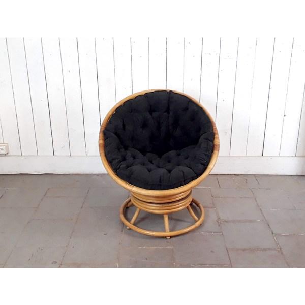 fauteuil-tournant-rotin-coussin-noir-3