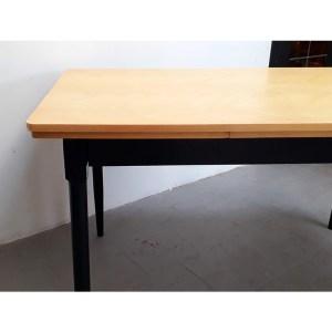 table-rallonges-blond-pied-noir-1