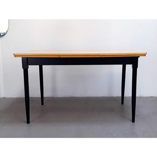 table-rallonges-blond-pied-noir-4
