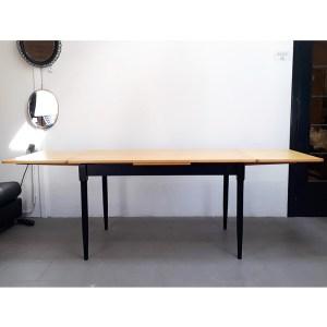table-rallonges-blond-pied-noir-9