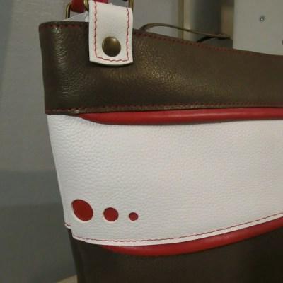 Sac cabas cuir Atelier C détail logo