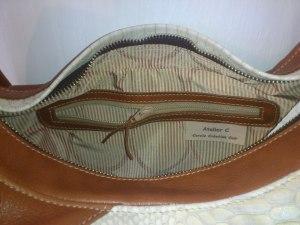 sac besace cuir Atelier C vue poche zippée intérieure