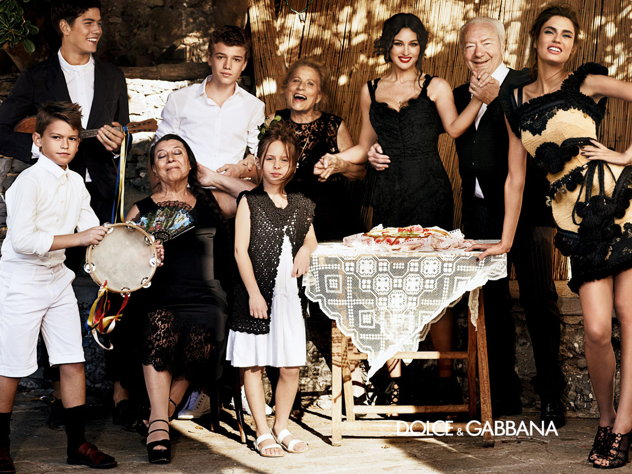 """Gender Stereotypes in the D&G campaign """"Italian Family"""" – nutsakistauri"""