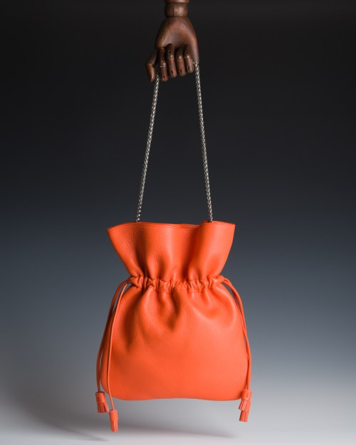 Atelier de Corium - Caramella in Orange HANGING