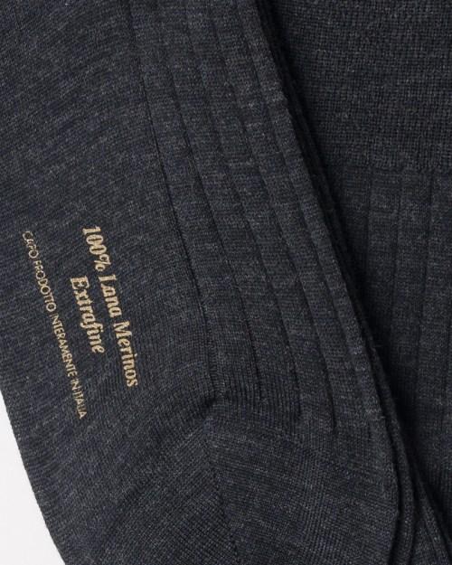Charcoal grey 100% Merino Wool Knee-high Socks close-up