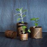 Fabriquer des godets en papier. http://www.marieclairemaison.com/,fabriquer-des-godets-en-papier,2570226,491685.asp