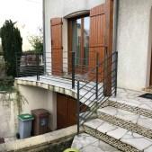 Rampe d'escalier et garde corps de terrasse en acier brut