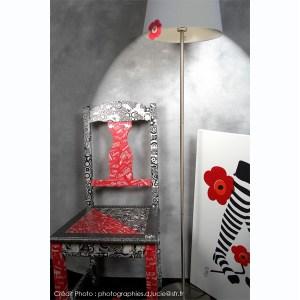 chaise-rouge-noir-loft-moderne-style-1
