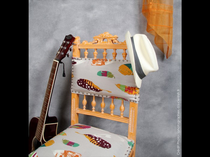 chaise-style-pop-orange-bois-artiste-2
