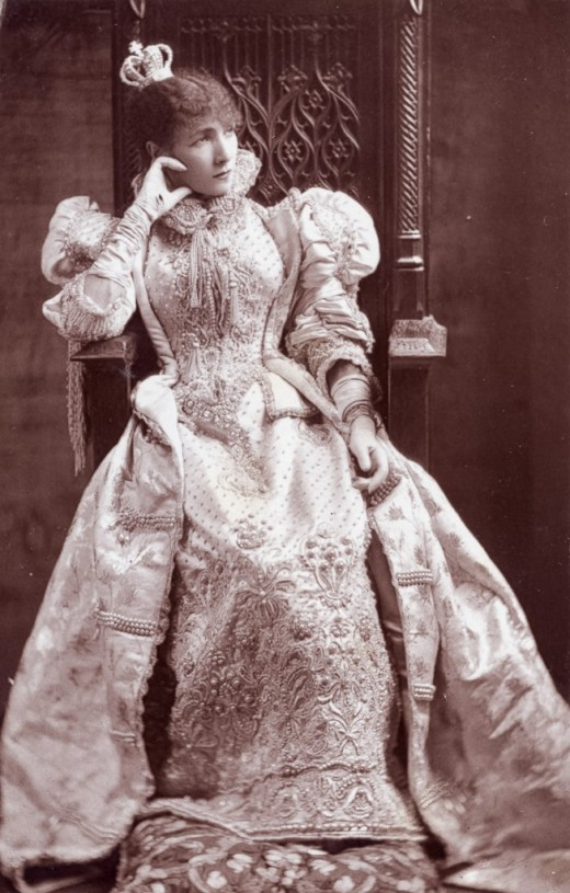 Sarah Bernhardt (1844-1923) as Doña Maria in 'Ruy Blas'