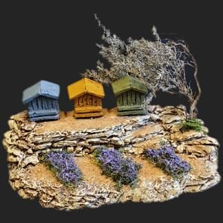 Maison de village scène ruches avec lavandes de provence 2- Atelier de Fanny – Santon – Santons – Décors de crèche – Aubagne – Provence – Crèche de Provence – Santon de provence.jpg