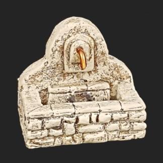 décors de crèche – Santons – mini fontaine – Aubagne.jpg