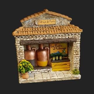 la Fabrique de Pastis d'Aubagne en Provence - atelier de Fanny - Aubagne -provence - santon de provence -santon - décors de provence - décors de crèche - crèches de Provence- accessoire de Provence -artisan - made in france - france 2