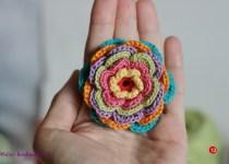 floare crosetata in 7 culori