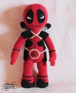 jucarie-crosetata-deadpool