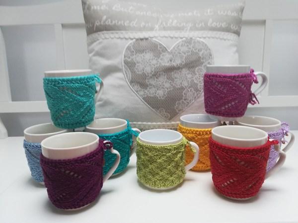 knit-mug-cozy-group