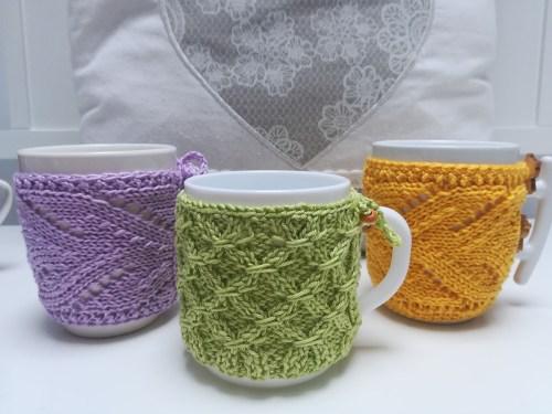 knitted-mug-cozy-2