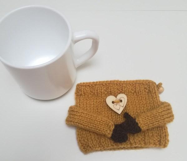 little-hands-mug-cozy