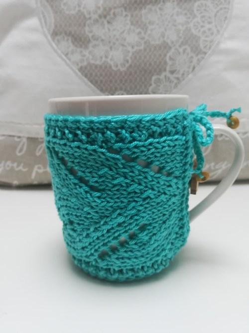 turquoise-knit-mug-cozy