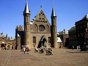 Ridderzaal_op_het_Binnenhof-1.jpg