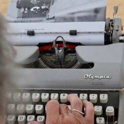 oude typemachine van de brocante