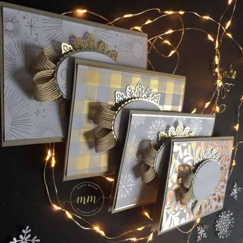 Carte de Noël, papier Design Les Joies de l'Hiver, Thinlits Flocons virevoltants, Thinlits Superpositions de saison, Framelits Formes à coudres, Framelits Pyramide de cercle, Edgelits Bonjour de ma ville, Perforatrice Nœud, set de tampons Souhaits en rafales par Marie Meyer Stampin up - http://ateliers-scrapbooking.fr/ - Card Year of Cheer Specialty Designer Series Paper, Swirly Snowflakes Thinlits, Seasonal Layers Thinlits, Stitched Shapes Framelits, Layering Circle Framelits - Besonderes Designerpapier Winterfreuden Karten, Formen Flockenreigen, Aus jeder Jahreszeit, Stickmuster, Lagenweise Kreise