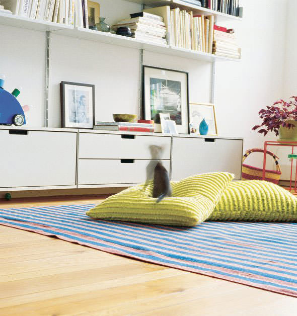 Living Room Storage Systems: Vitsœ 606 Universal Shelving System