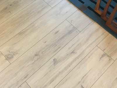 Woodpecker Flooring for Casa Tally | Wembury Coastal Oak Laminate