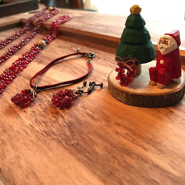 ボルドーカラー、アクセサリー、クリスマスリース、アトリエ・nest