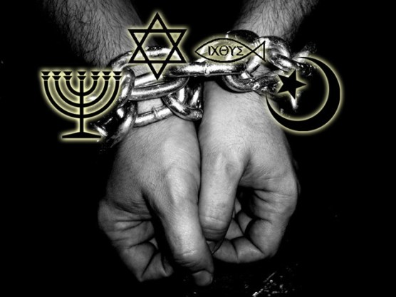 Resultado de imagen de religion es manipulacion