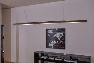 LED Hängeleuchte Ausstellung Bern