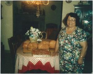 mom w:bread:pizza