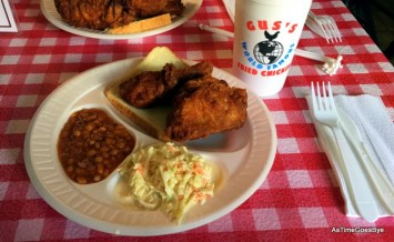 Gus's World Famous Fried Chicken in Memphis