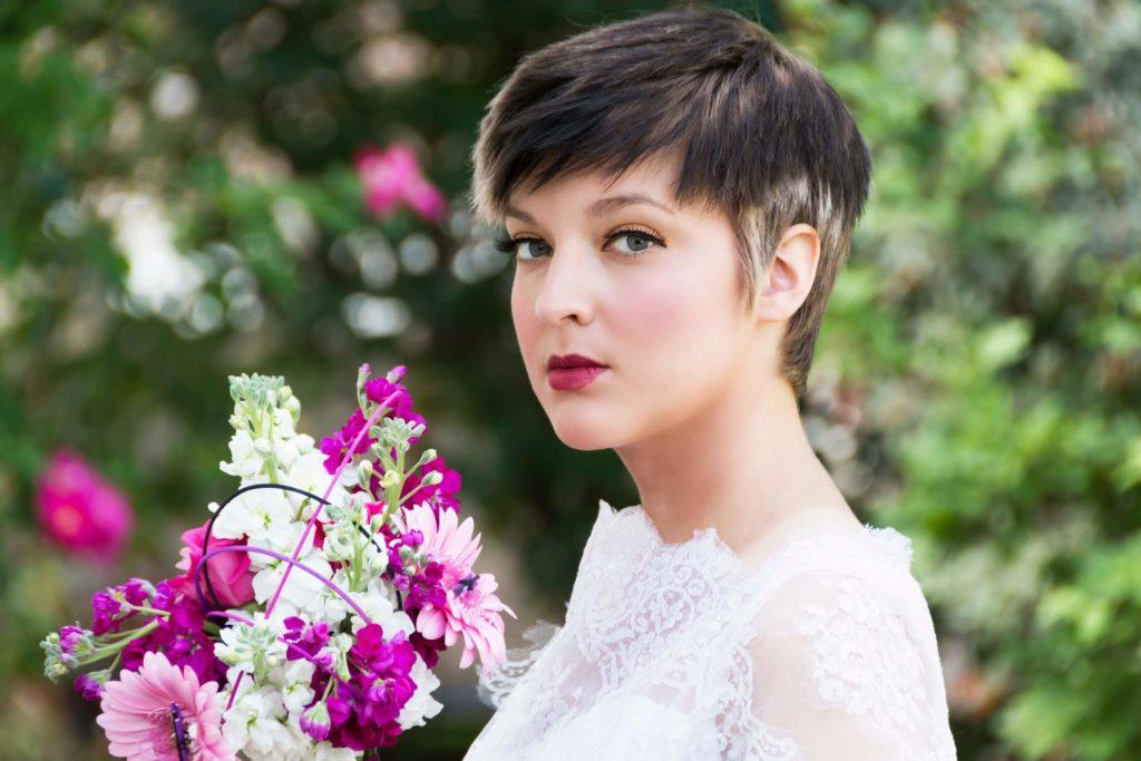 Wedding Hairstyles For Short Hair: 7 Confident And Cool Looks