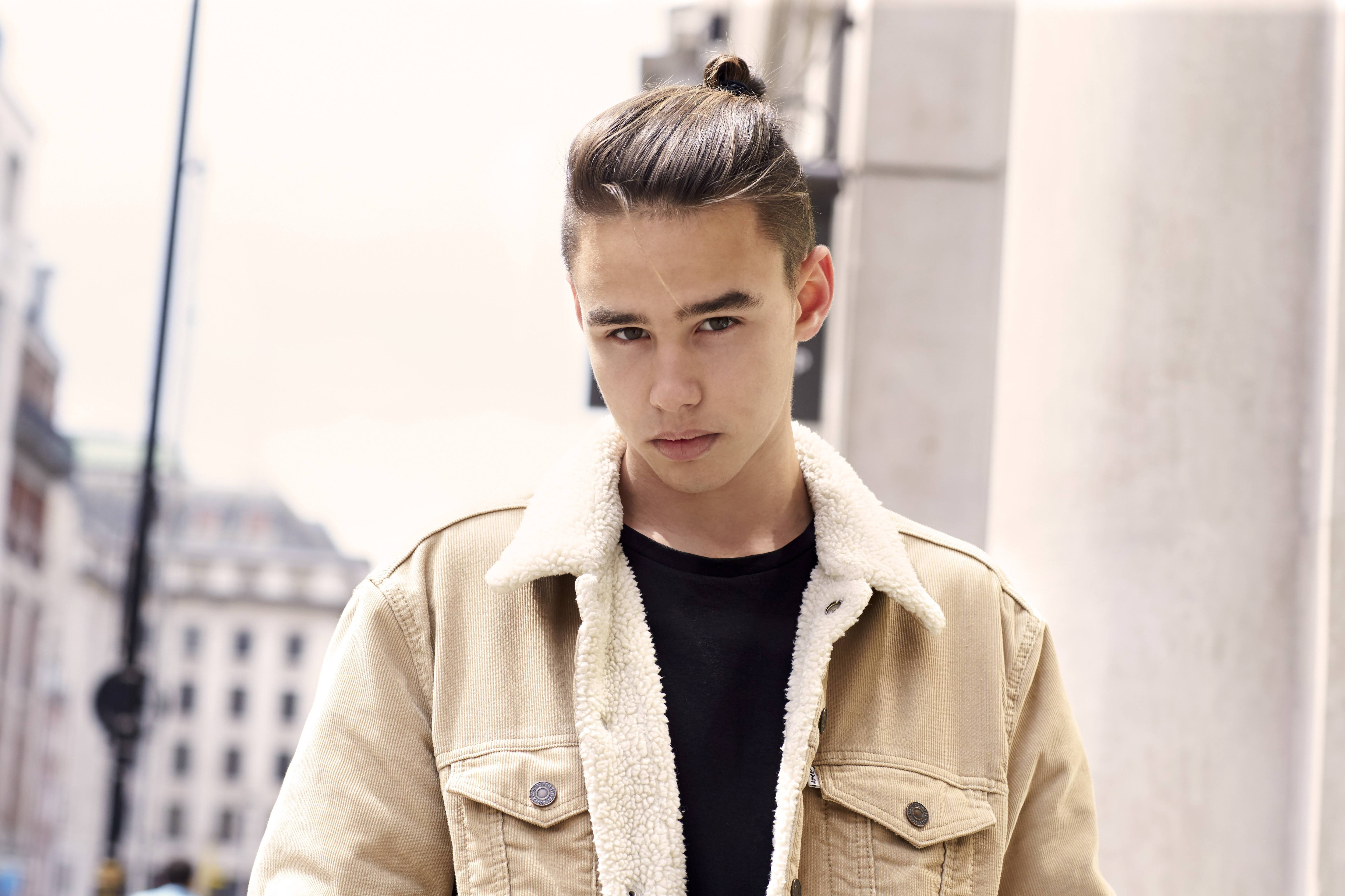 Growing Out Your Undercut 5 Styling S You Should Know About