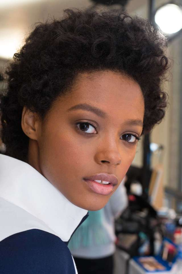oval faces: top 5 short haircuts for curly hair   all things