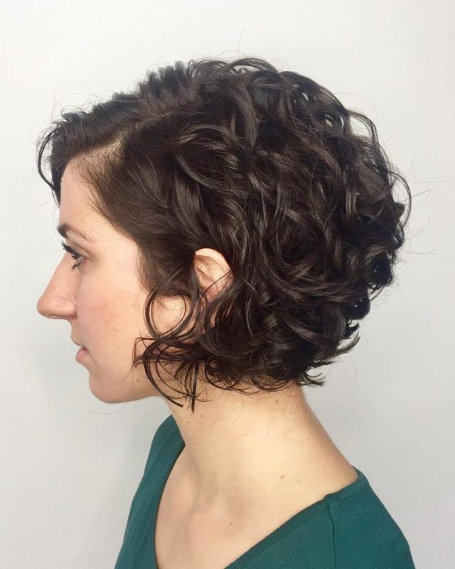 20 hot graduated bob styles for women of all ages | all