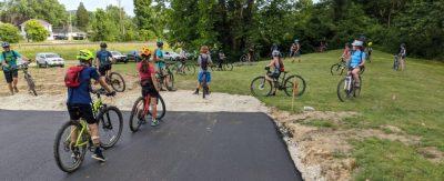 More kids on bikes!