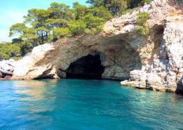 alonnisos-cave