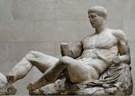 Dionysos_pediment_Parthenon_BM