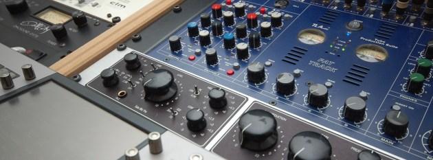 TL Audio Fat Track Desk