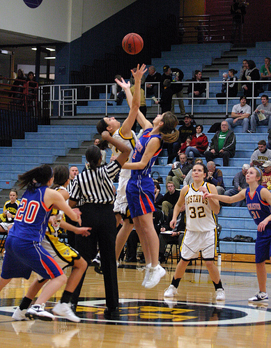 Hot Shooting Pushes Women's Basketball Past Macalester 73 ...
