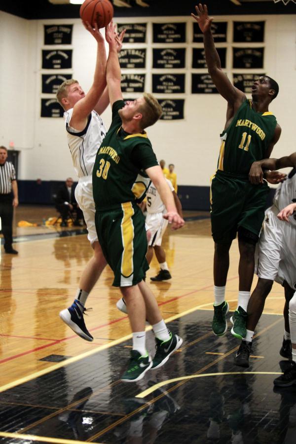 2015-16 Men's Basketball Photos - Penn St.-Hazleton
